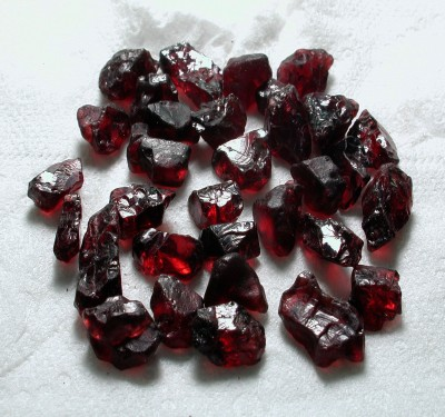 facet rough garnet