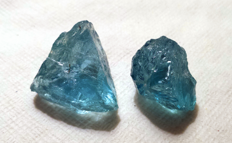 tucson gem show aquamarine facet rough