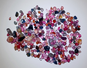 spinel faceting rough