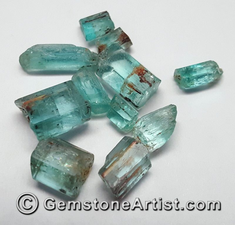 aquamarine faceting rough